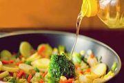 تفاوت روغن سرخ کردنی و روغن پخت و پز را جدی بگیرید